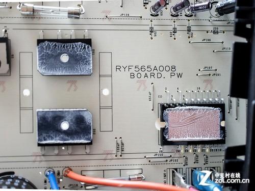 三菱重工 srkmc35hvb空调电路的mosfet和主控电路被散热片覆盖