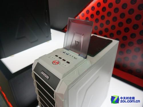 高端气质 阿尔萨斯2013台北电脑展