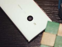 8.5mm金属拍照王 诺基亚925直降400元