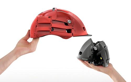 绿色出行必备 折叠自行车头盔极为方便