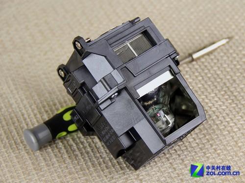 高压汞灯,灯泡电源接线运用了较为便捷的插口式设计