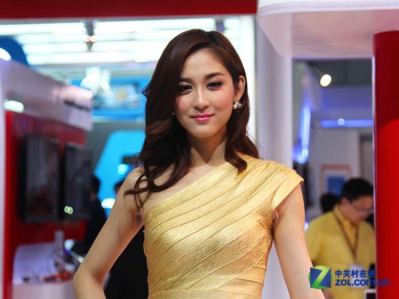 美女模特亮相中国移动4g展台 zol