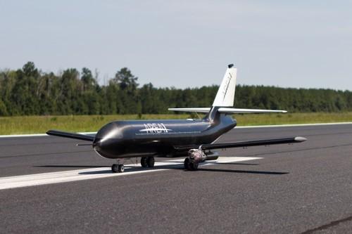 3d打印微型波音737无人机ptera的机翼