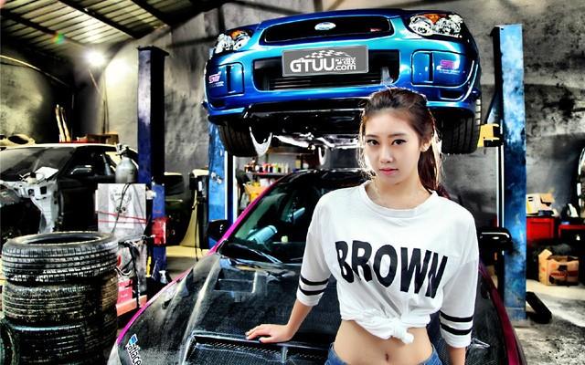 1366*768车模性感改装车间的高清性感_壁纸日本妹笔记学图片