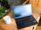联想IdeaPad 700S实拍图