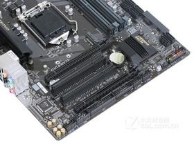 技嘉B250M-D3H内存插槽