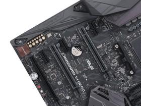 华硕X370显卡插槽