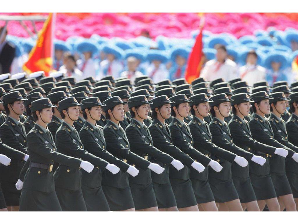 【高清圖】 震驚世界!60年國慶閱兵女兵風姿壁紙圖7