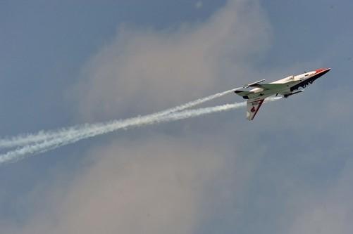 韩国宇航工业t-50飞机飞行表演