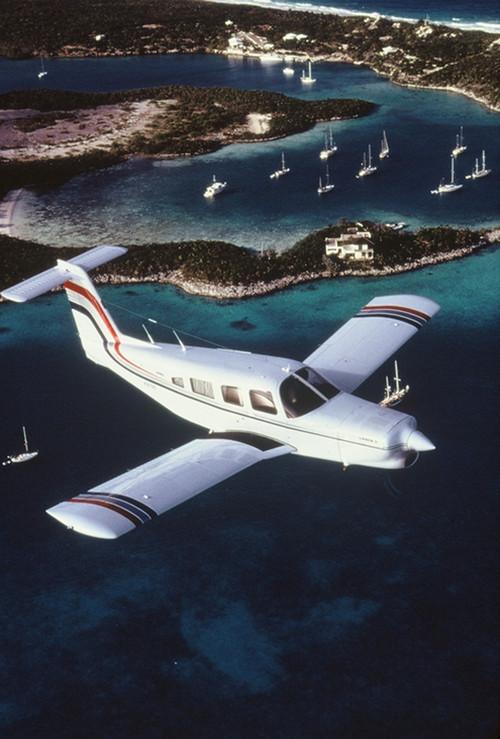 行摄频道 行摄资讯 巴哈马-鸟瞰天堂岛      坐着水上飞机去探险吧,在