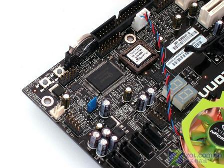 短接二合一耳机插孔内部电路