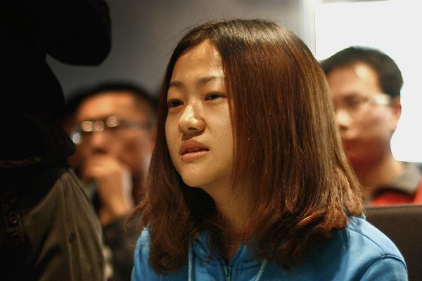 现场评委——ZOL销售部总监助理 王姗。