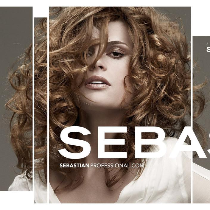 ipad2专用壁纸 vogue美女模特广告写真