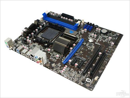 AMD 990X 芯片组主板特性提前曝光