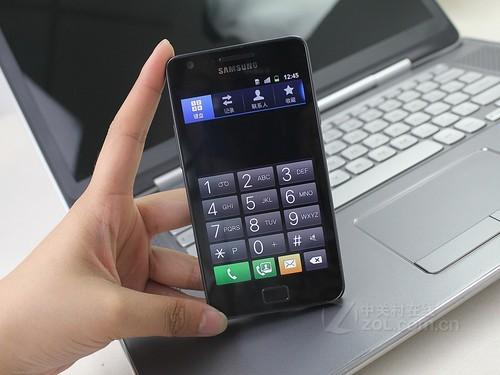 三星 i9100 黑色 正面图