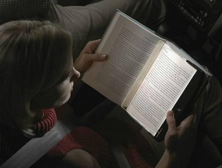 阅读还是彩色好 彩色阅读对比黑白阅读
