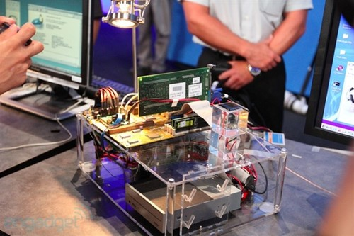Intel展示电压仅10mV处理器 接近阈值