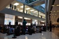 苹果香港首家零售店开张盛况(组图)