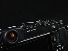 徕卡情结复古情怀 富士数码相机X10上市