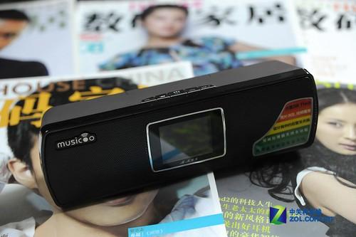音箱竟配彩屏?魅歌MK06便携音响评测
