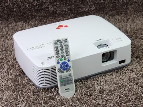 投影机NEC ME300X+正面