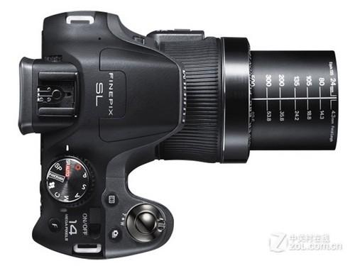 30倍光变1400万像素 富士SL305评测