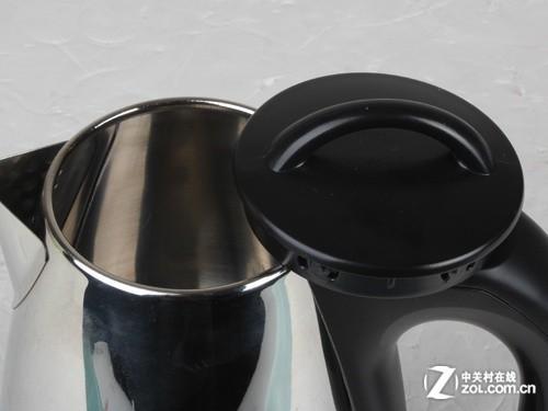 这款电水壶的感应开关也设计在把手上