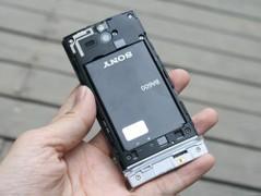 索尼 ST25i 黑色 电池图
