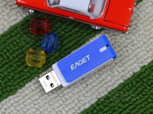 U盘忆捷 F30(16GB)正面