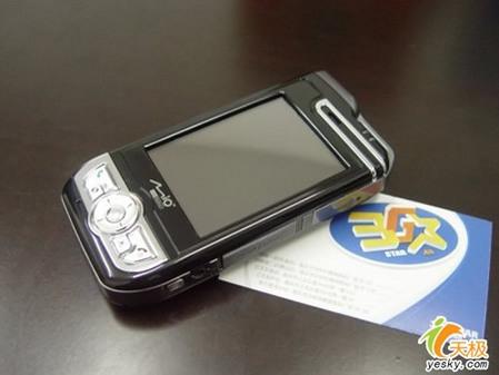 内置gps 神达智能手机a700仅售3999元