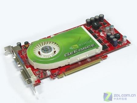 双敏速配PCX6818GS显卡 速配PCX6818GS采用基于110nm工艺的6800GS核心,提供12条象素渲染管线和5个顶点着色单元,支持DX9、Open GL1.5,Shader Model3.0,全新的UltraShadow II阴影技术,以及SLi技术,和目前的性价比之王7300GT相比还有管线数量上的优势。