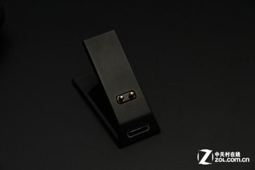 雷蛇奥罗波若蛇游戏鼠标无线接收器及充电底座展示