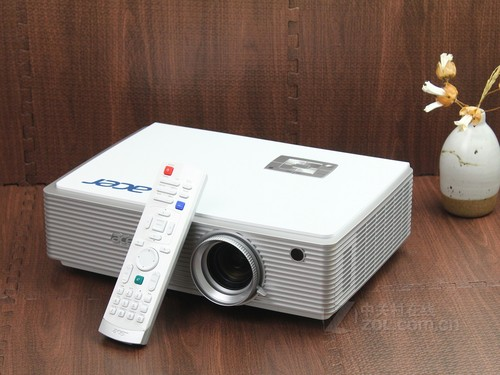 投影机Acer K750正面