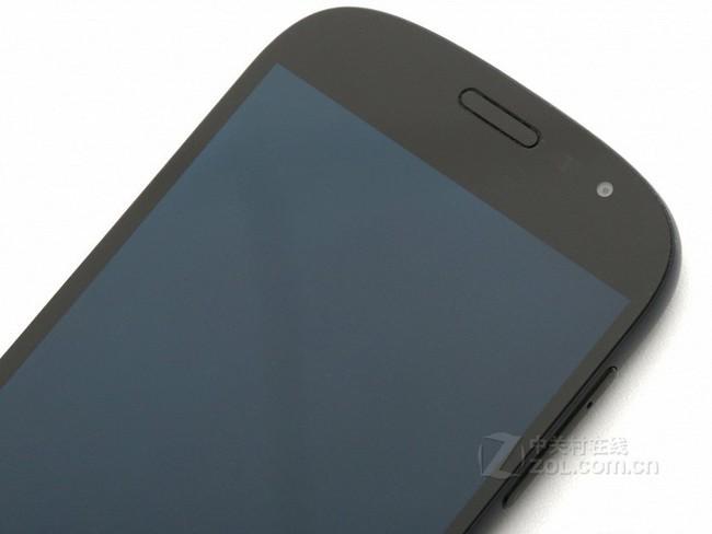 YotaPhone2配置图
