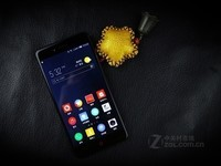 努比亚(Nubia)Z17 mini智能机(黑金 4GB+64GB) 京东1148元(赠品)