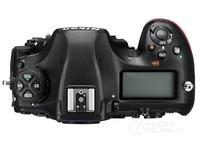 Nikon/尼康D850 无镜头 4575万有效像素 全画幅  京东24799元(赠品)