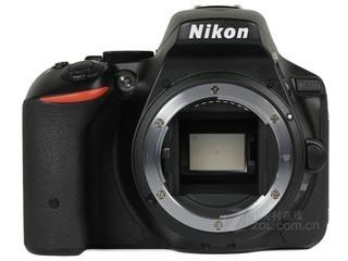 尼康D5500