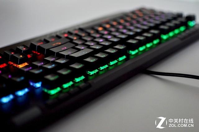 达尔优EK812升级版机械键盘的背光太酷了
