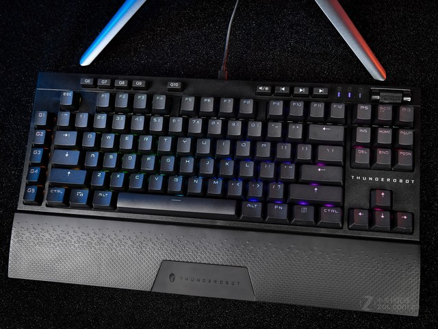 鬼才信笔记本厂也能做出好键盘——真香!