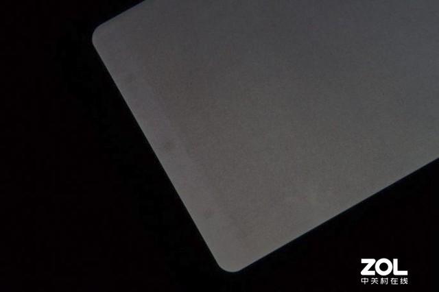 OLED屏笔记本有希望普及吗?