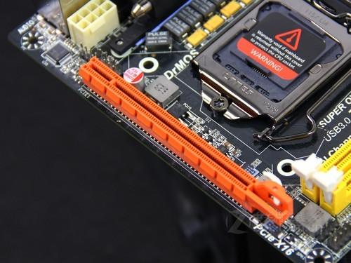 索泰Z77 显卡插槽图